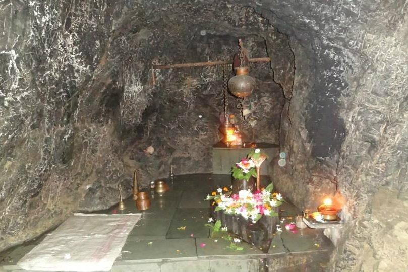 Vashistha Cave in Rishikesh