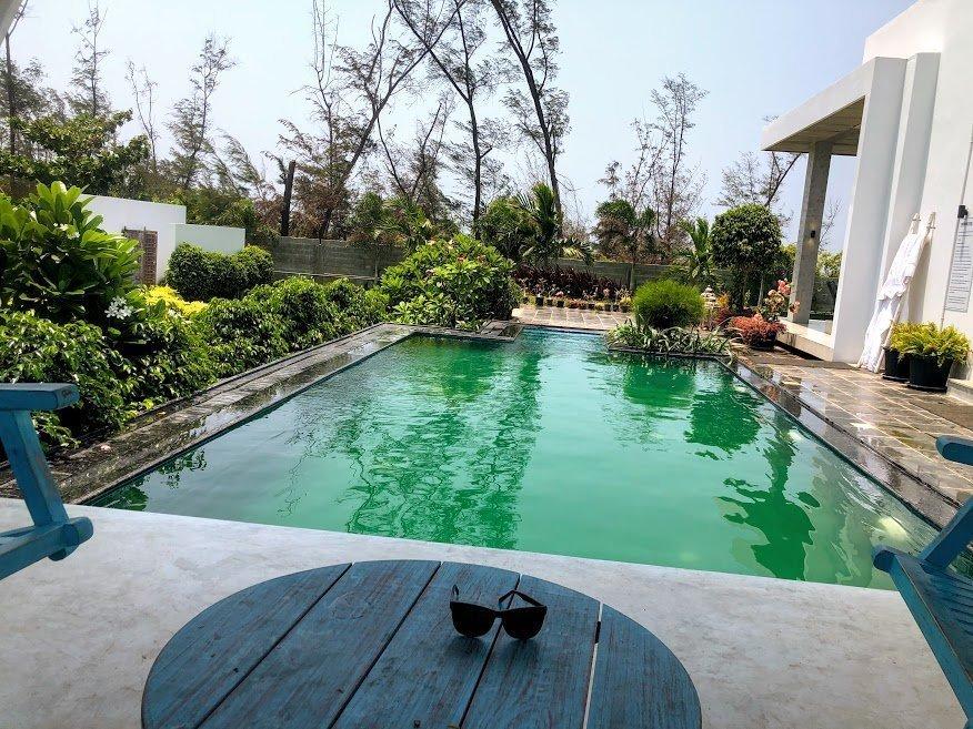 Manna Villa Pool